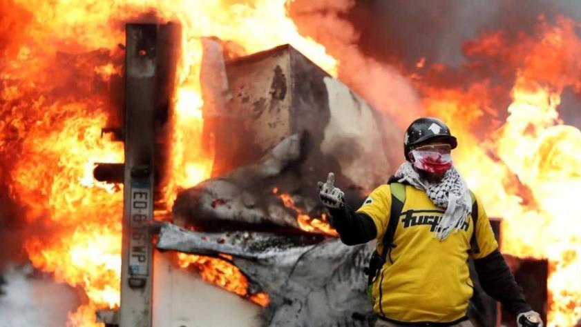 暴力抗议愈演愈烈,学生在学校自焚让局势失控,西方这次集体沉默