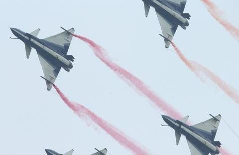 风雨长征70载,看人民空军的强盛之路