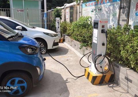 湖北来凤县安装云鸟14kw电动汽车充电桩,助力新能源环保出行
