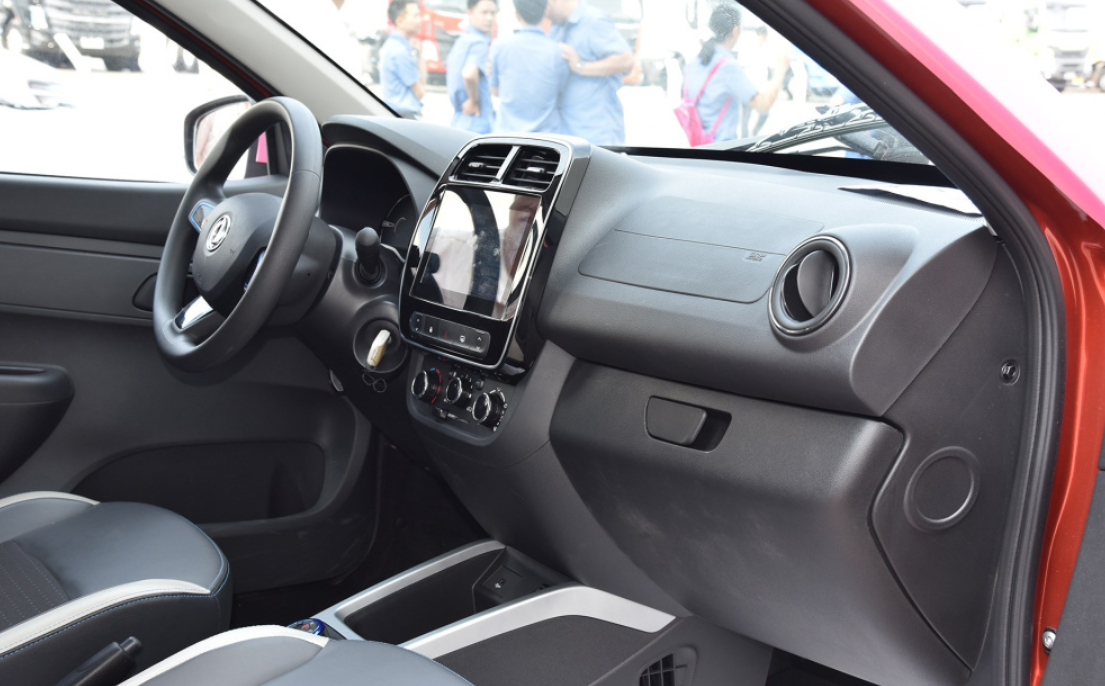 续航271km,纯动小型SUV风行T1EV预售价发布7.58万元