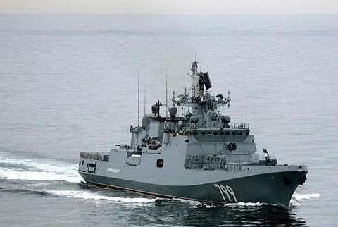 俄黑海舰队倾巢而出,火控雷达锁定附近美舰,土耳其呼吁双方冷静