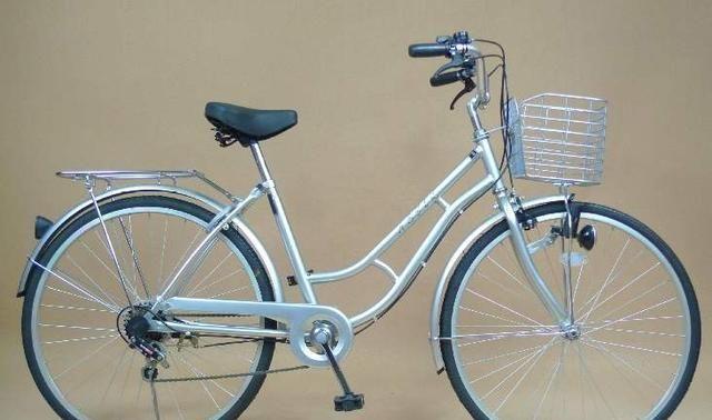 """外国小伙发明""""无级变速""""自行车,牙盘大小可变化"""