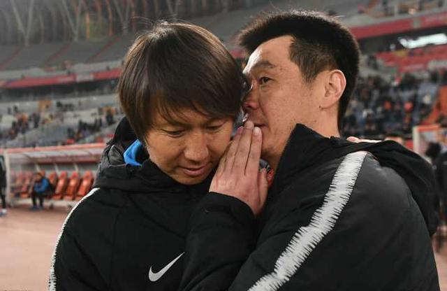 斯科拉里跃跃欲试,中国足协却怕名帅有毒?鲁能卓尔球迷瑟瑟发抖