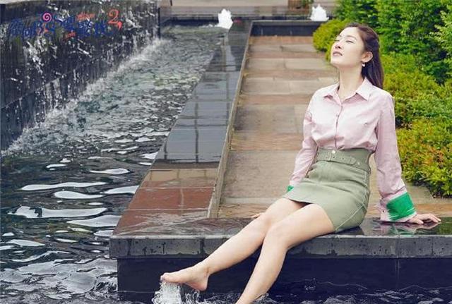 《奈何BOSS2》甜蜜将袭,男女主情侣装太养眼!网友:等不及了