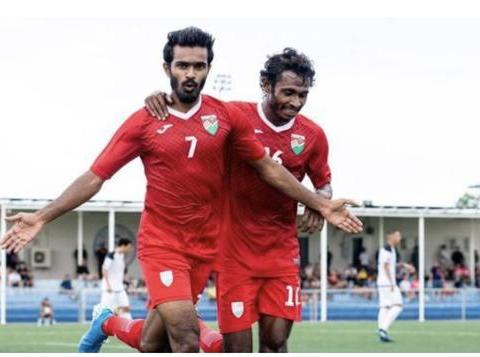 国足危险了,马尔代夫取胜仅落后1分,菲律宾拿下第二近在咫尺