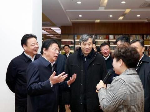 江苏海安开发区:中宣部孙志军副部长来泛书房调研