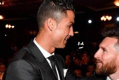 天下足球黄金十年最佳阵容!梅西和C罗领衔,巴萨两人落选惹争议
