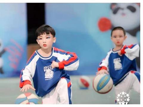 大英博美卓尔幼稚园在四川省第二届幼儿体育活动中喜获2个一等奖