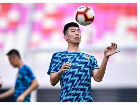 热身赛-桑蒂尼双响冯伯元建功 苏宁一线队6-2预备队