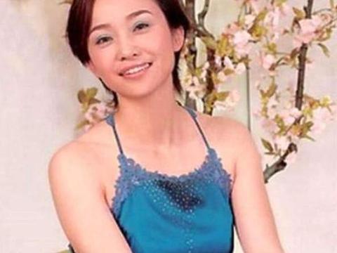 完全是一个传奇人物,这才是中国第一美女保镖,毕业学校令人羡慕