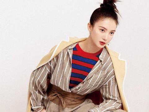 金晨这个性格直爽的女演员,演技认真,综艺搞笑,实力圈粉