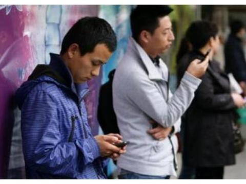 手机厂商破产后,依旧全额支付了代言费,良心明星仍为其无偿宣传