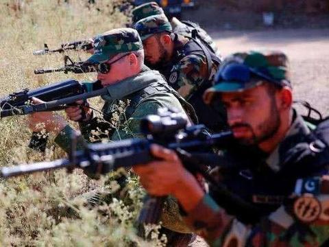 巴基斯坦陷入两线作战困局,又与邻国爆发交火,这次对手并非印度