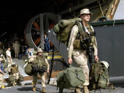 美军待遇有多好?已婚军人每月住房补贴2700美金,还有分居费