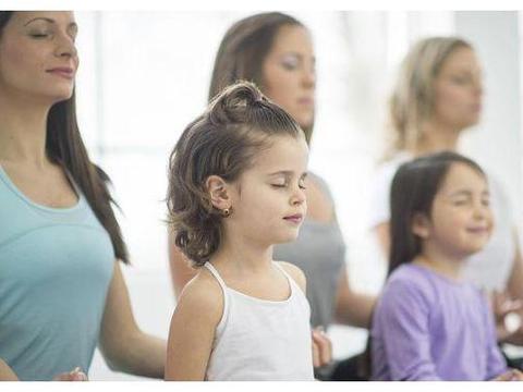 高情商的父母,要提倡孩子做3件事,看看你做到了几个?