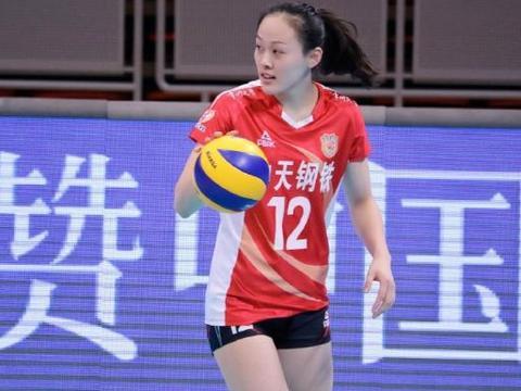 女排1位新奇兵 21岁新星升起,刘晏含刘晓彤或将让位