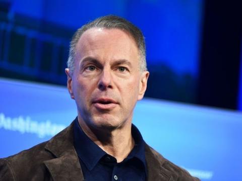 eBay CEO在任4年后辞职 称因与新董事会意见不合