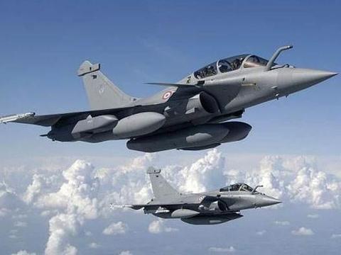 三代半战机交付印度,枭龙已无胜算,巴基斯坦再不买歼10或真晚了