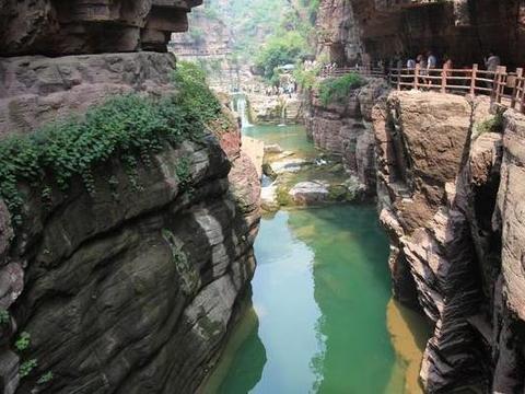 云台山旅游线路 郑州到云台山二日游 云台山旅游行程安排