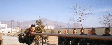 单杠上的逆袭--武警甘肃省总队白银支队四中队的器械考核场上竞技