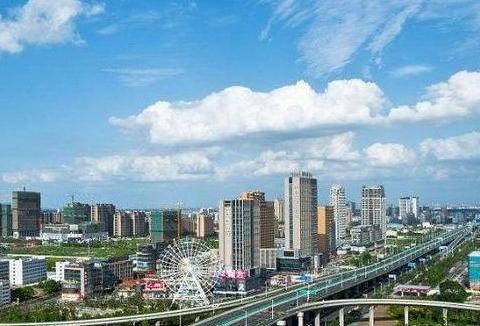 江苏这个城市发达了,正在规划一座新机场,这座小县未来不可小视
