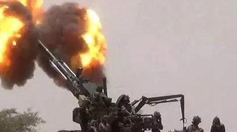 印军美制重炮全面开火,巴铁用中国造大炮还击,三小时后胜负已分
