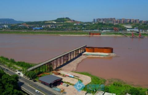 重庆在积极打造的一座长江大桥,耗资43.6亿,采用双向八车道