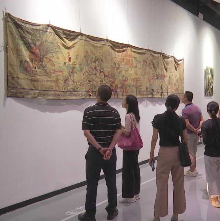 资讯 | 海口保税文化艺术馆开馆  馆藏新加坡的徐悲鸿名作《立马》及近400件 国际艺术品回流文物展出