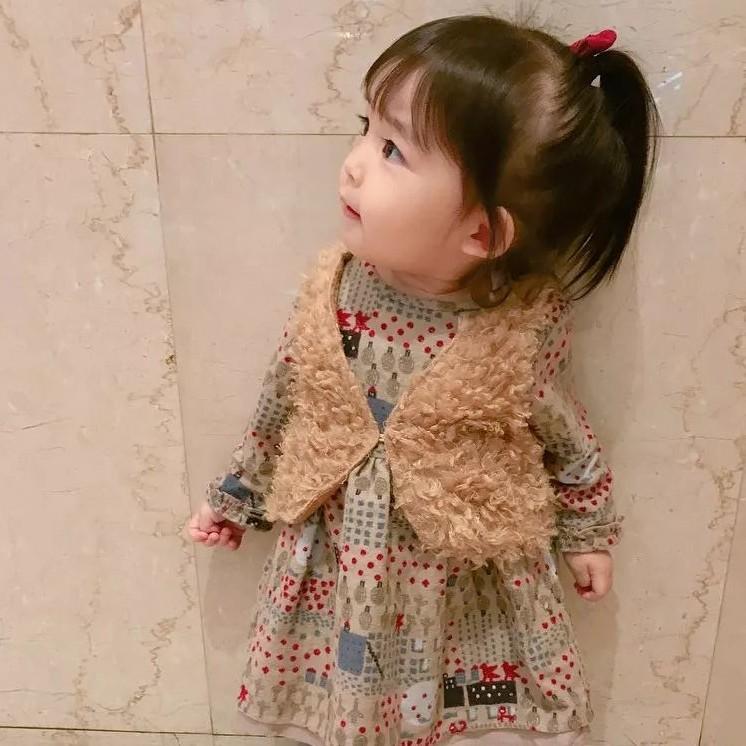 日本1岁小女孩的每日穿搭走红ins,太太太萌啦!让人想偷偷抱走…