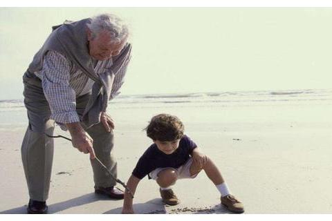 一种新型不孝已悄然形成,比啃老更伤父母,许多年轻人不以为然