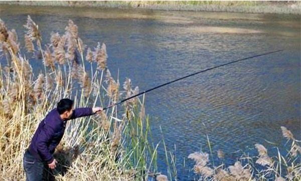 冬季手竿钓鲫鱼,两种民间必杀钓法,渔获很有保证!