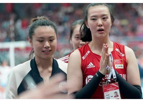 4国手加盟天津征战世俱杯,这可难倒了主帅陈友泉,朱婷对角是谁