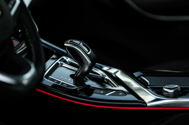 国产MPV的骄傲,上市12天卖出4千多台,1.8T够强悍