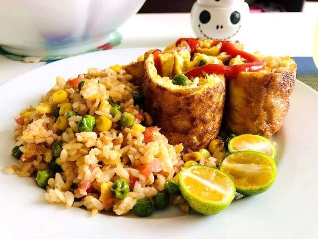 剩米饭华丽变身,加1种寻常食材,搭配3种蔬菜,比鸡蛋炒饭好吃