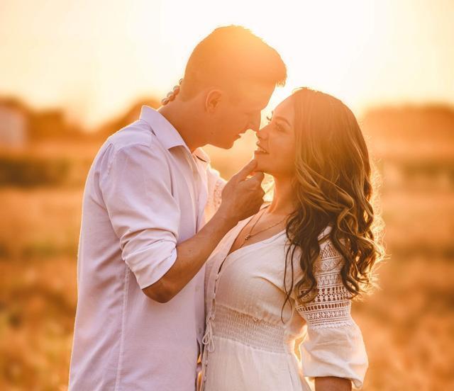 提醒女人:已婚男人说爱你,只有这一个目的