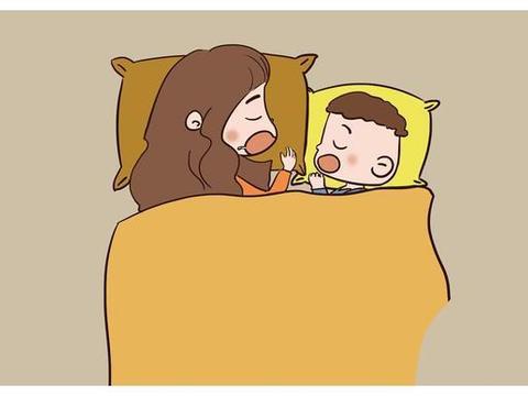 宝宝在这一时期容易睡偏头,想纠正要趁早