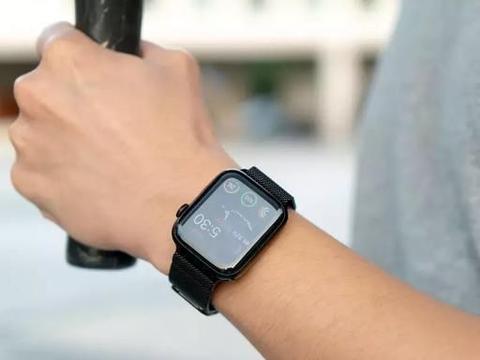 Apple Watch 5和小米手表:为什么有些人就是看不起小米手表?