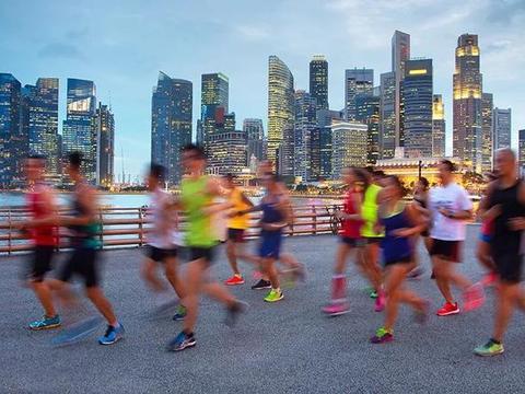 """如果没有马拉松和""""朋友圈"""",你还会跑步吗?"""