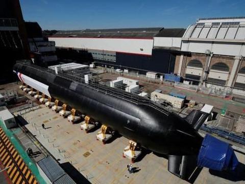 法国新锐核潜艇环境真棒,寝室舒适又注重隐私