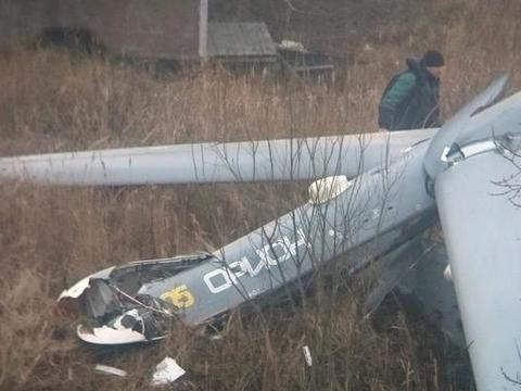 新型无人机在试飞中坠毁,造成的影响非常大,要客观承认落后事实