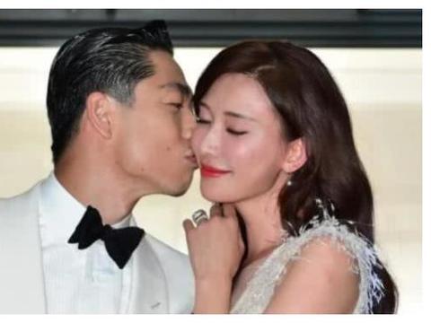 林志玲大婚,王力宏的妻子李靓蕾晒出照片,与小S合影表示感谢