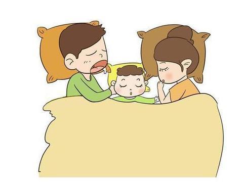 和宝宝同床睡,家长五件事不能做,让宝宝睡不踏实