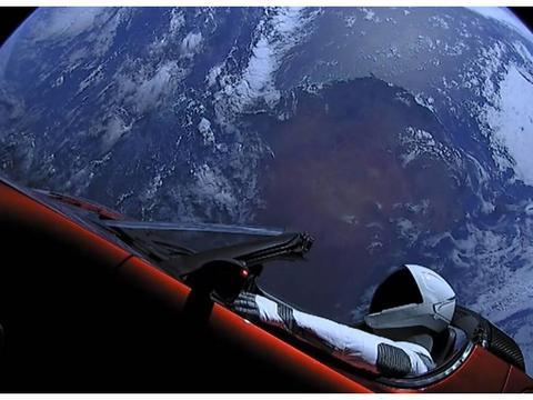 如果你成为了一个太空旅客,那会如何?看到的地球是怎样的?