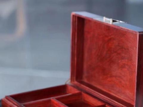 小叶紫檀大号全独板,双层螺钿镶嵌首饰盒