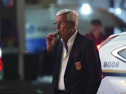 里皮好友:他喜欢雪茄+葡萄酒,一瓶好酒几千欧 他会开车去买几瓶