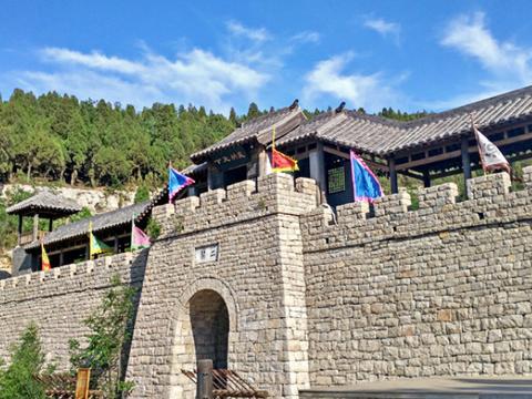 """山东""""最牛""""县城:承包了大半个中国的教辅书,靠卖书年赚150亿"""