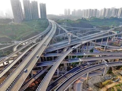 """世界最复杂的立交桥,走错一个就是一日游,导航在这纷纷""""失灵"""""""