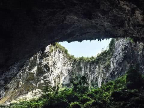 中外专家在广西发现世界级天坑群,旅游开发价值极高
