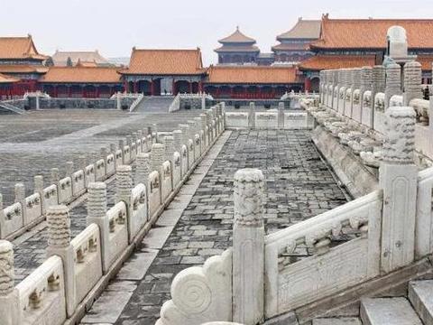 故宫修建之谜 100多吨巨石如何搬运