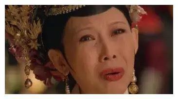 皇后娘娘产子,素颜出镜好快乐,再也不是臣妾做不到啊